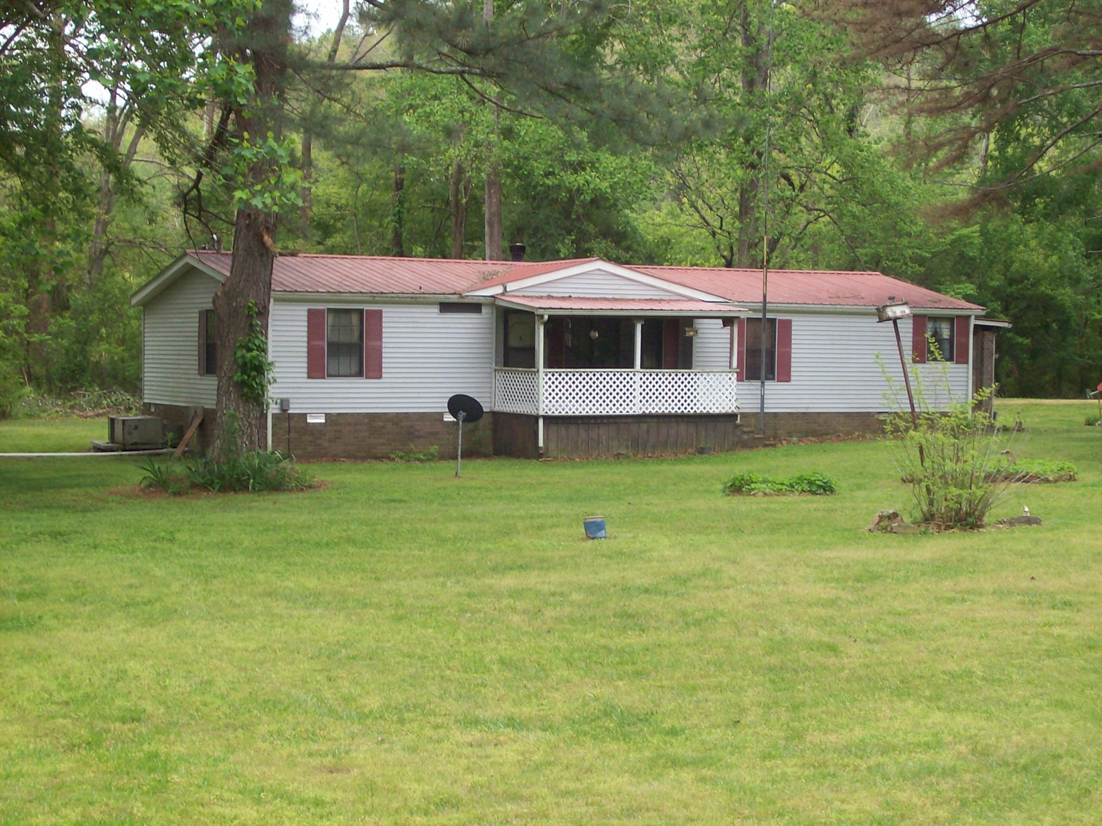 Manufactured Home in Centerville, TN.