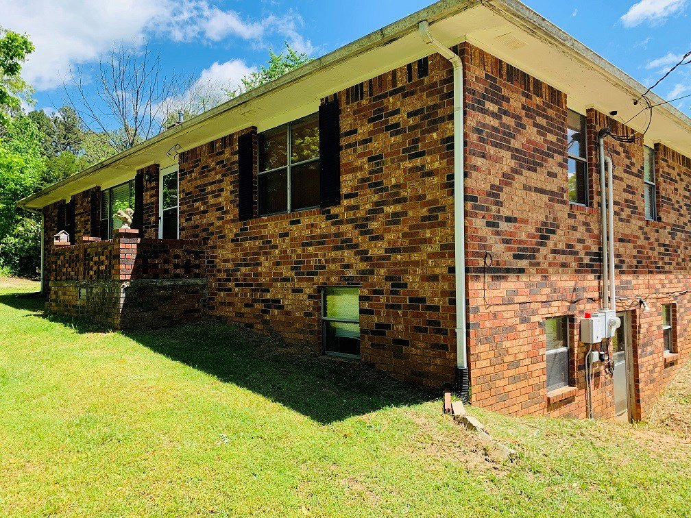 ALL BRICK HOUSE FOR SALE IN MELBOURNE, AR