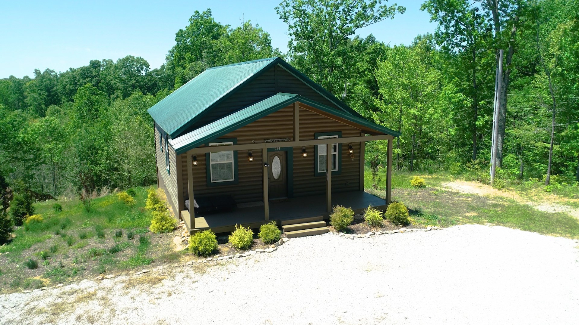 Country Retreat for Sale, in Mount Pleasant, Tennessee