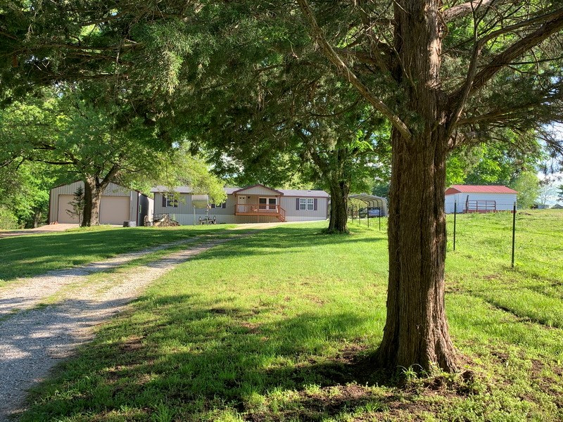 Home and 36 Acres For Sale in Cedar County, MO