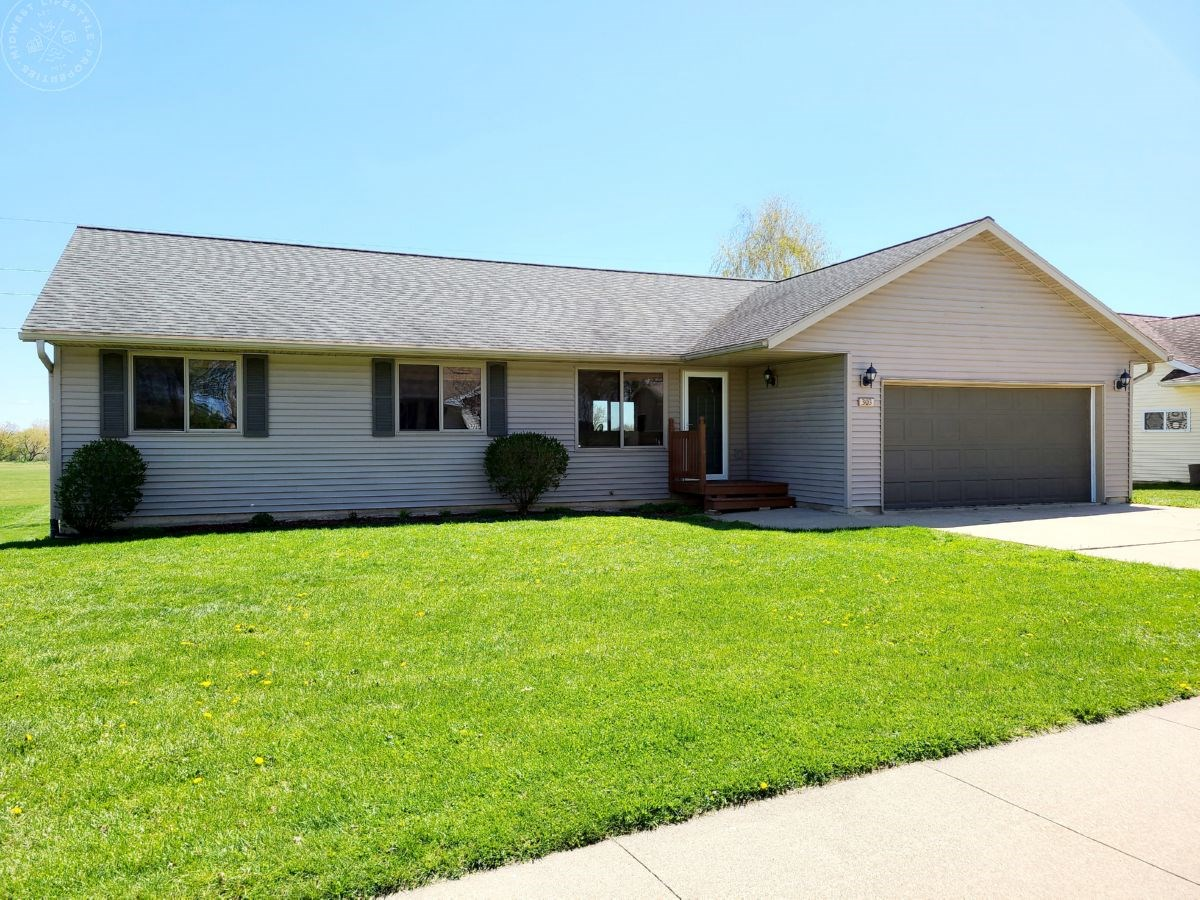 Well Maintained Home in Tomah WI Monroe County