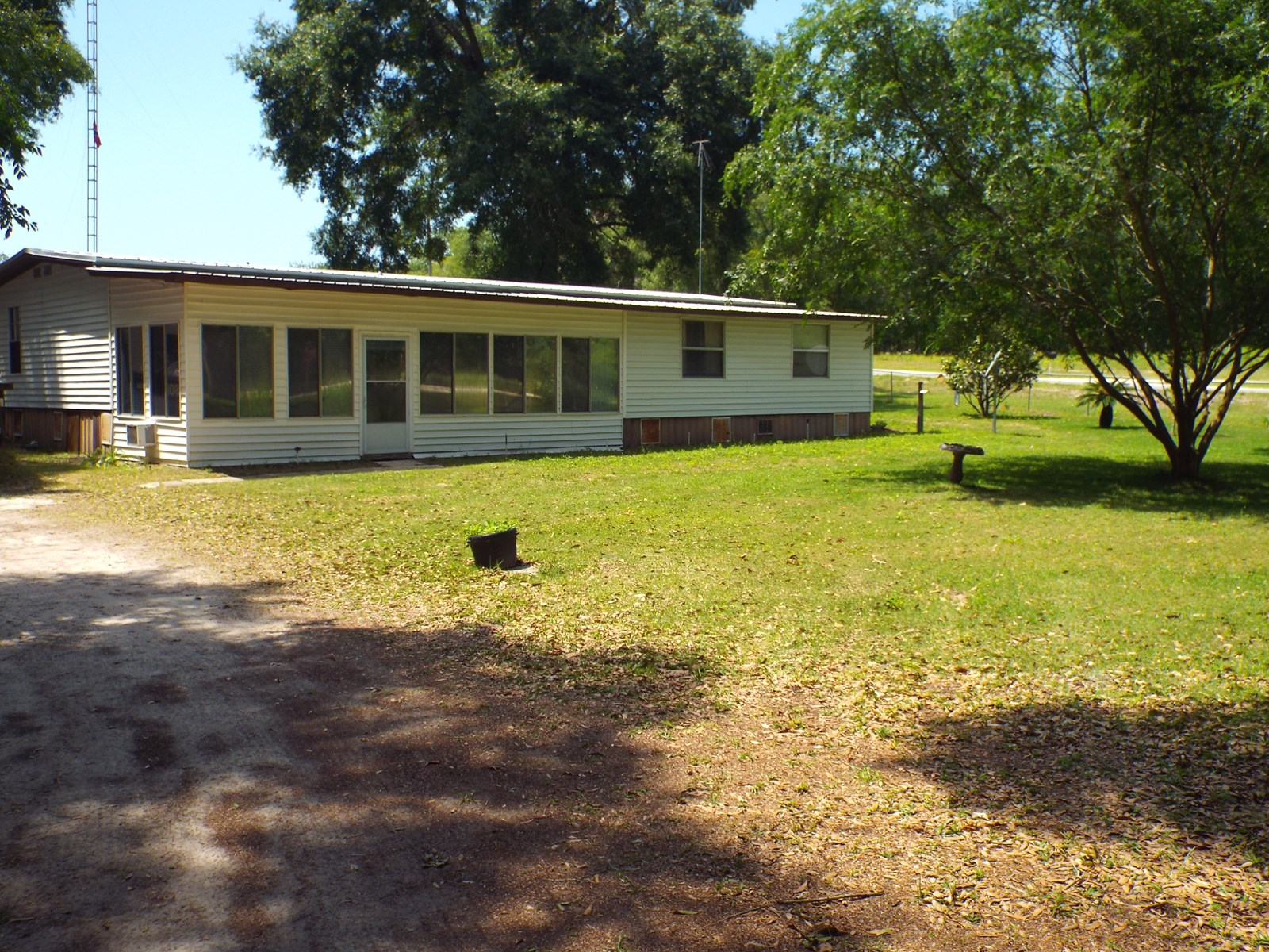 HOME FOR SALE GILCHRIST COUNTY FLORIDA WITH ACREAGE