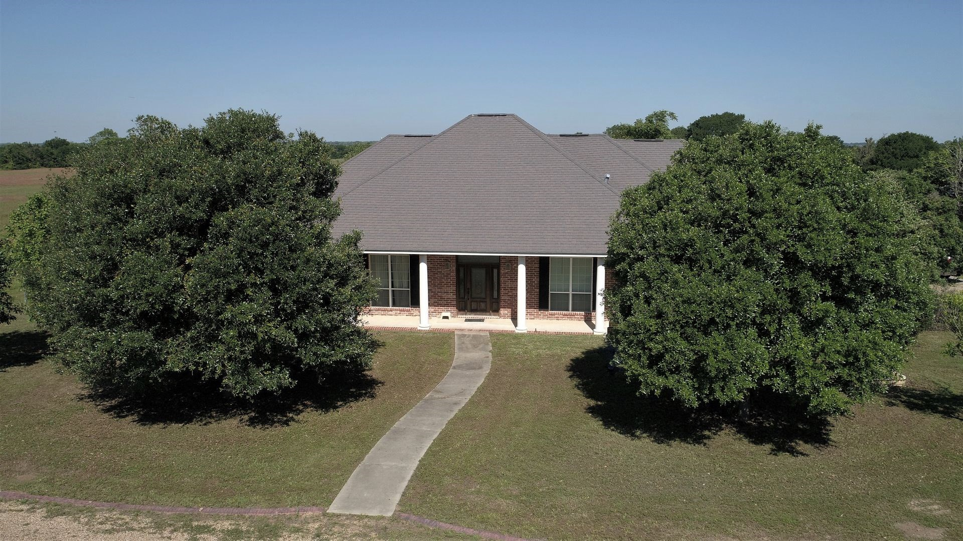 28.35 Acres Milam County Ranch Home for Sale