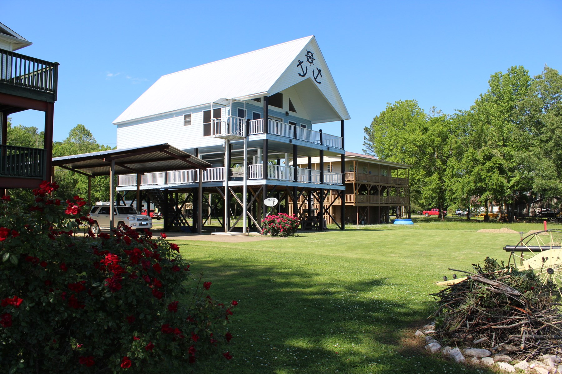TN RIVER FRONT HOME FOR SALE IN HARDIN COUNTY