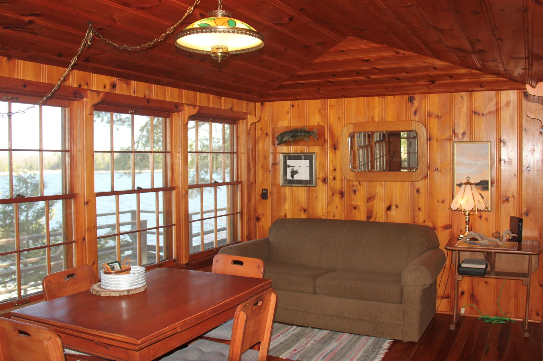 Classic Lake Kabetogama Waterfront Cabin Northern MN