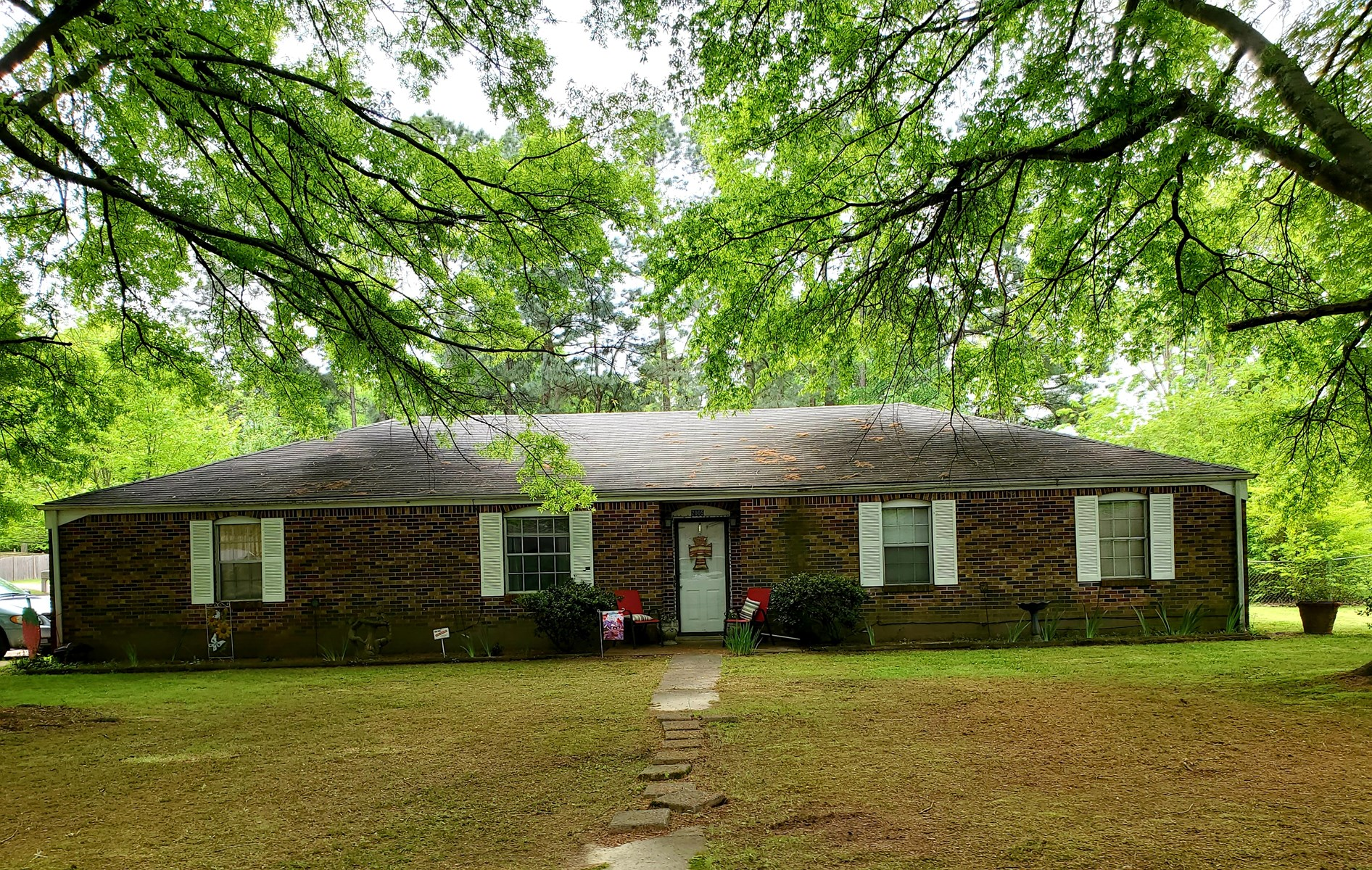 Brick Home for Sale in TN - Corner Lot - Investment Package