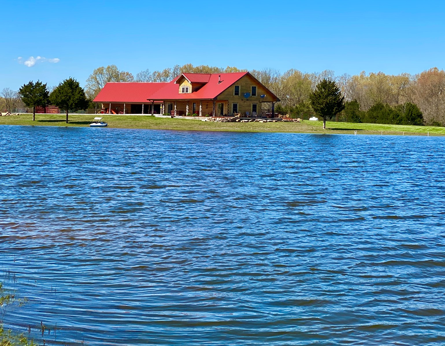 Southern Missouri Log Home with Private Lake, Pasture, Woods