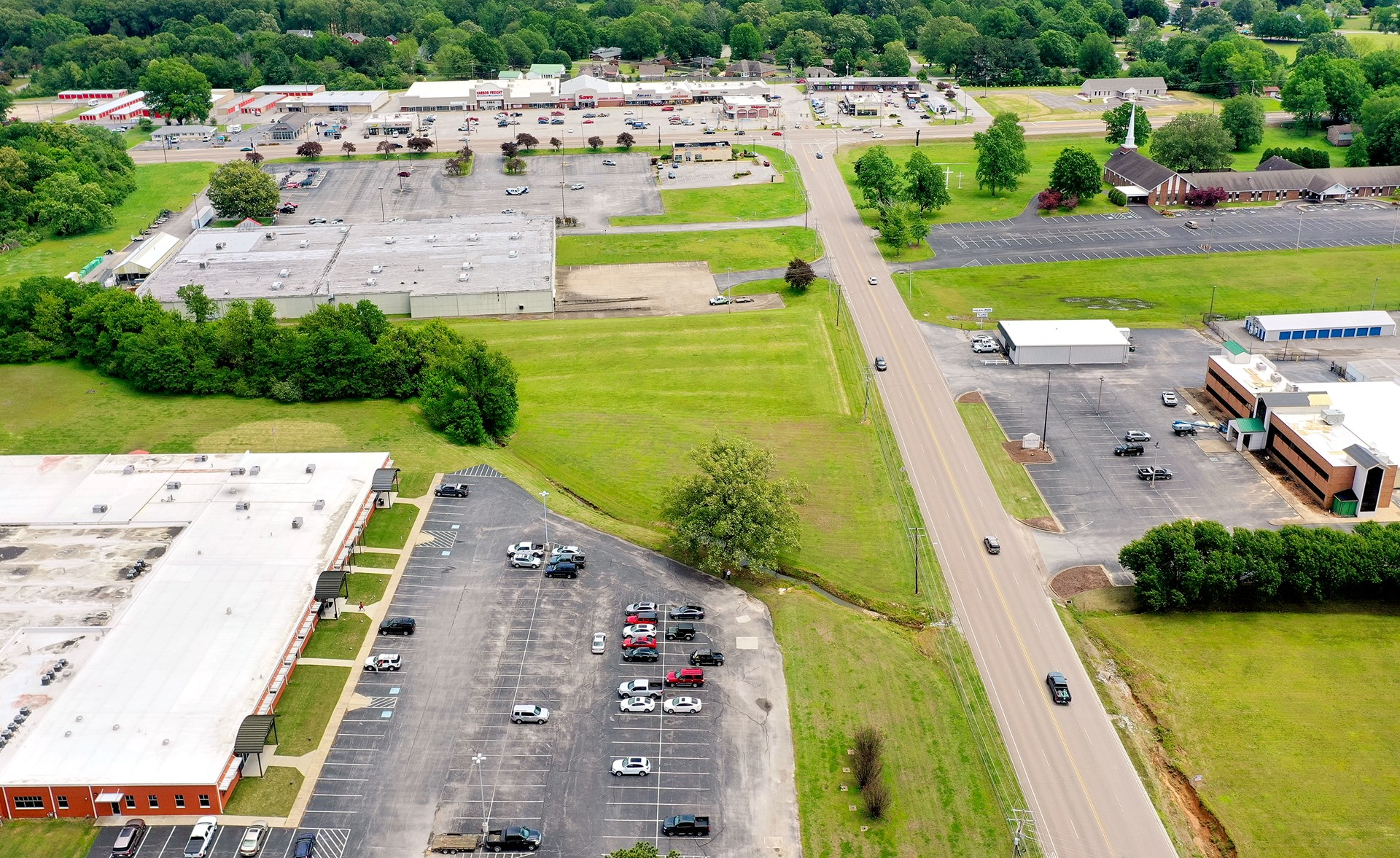 Prime Commercial Lot For Sale in The Heart of Town Milan, TN