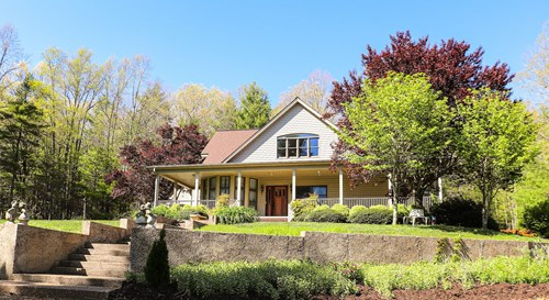 Country Home for Sale in Floyd VA at Online Only Auction!