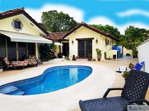 LAKEFRONT HOUSE FOR SALE IN LOS PORTALES BUENAVENTURA PANAMA