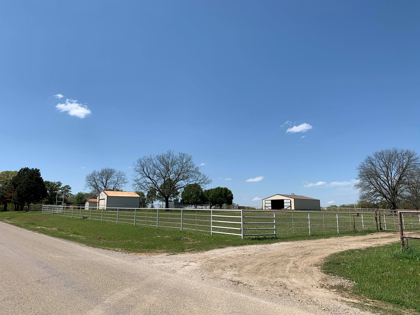 3 Beds 2 Baths Country Home on 5acres for sale in Pawnee OK