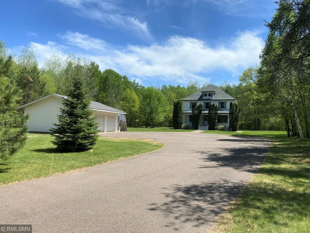 Country Home For Sale on 5 Acres, Northern Minnesota