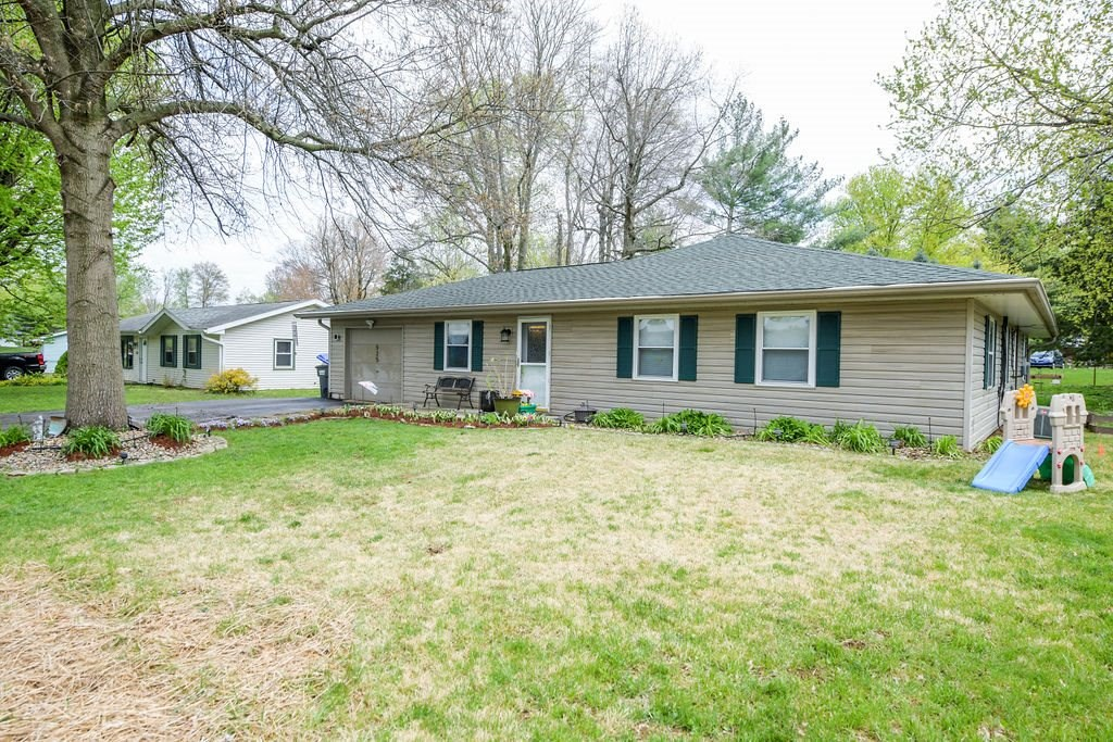 Unique Family Home for Sale | Ellettsville, Indiana