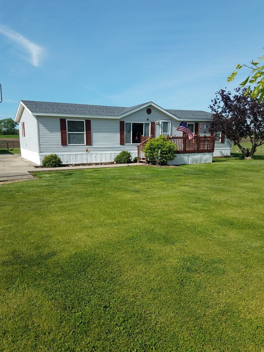 Move in Ready Country Home on 2.6 +/- Acres