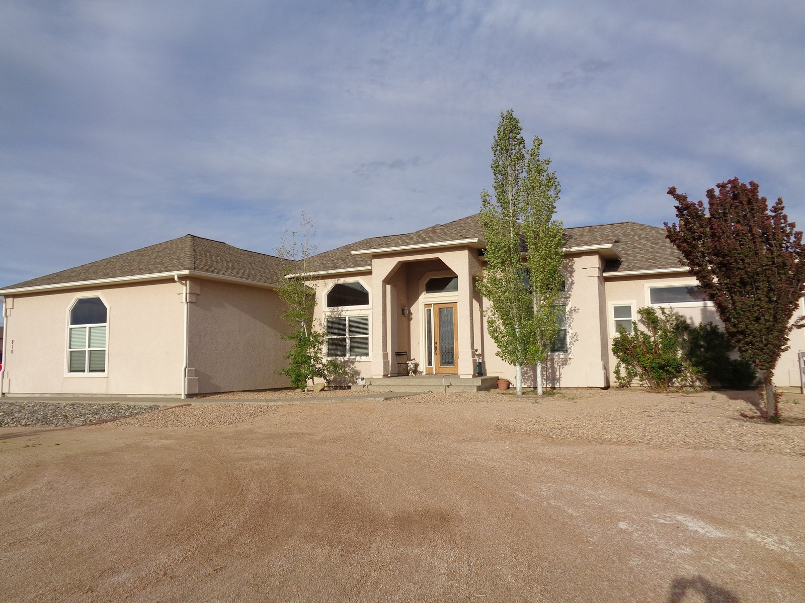 Beautiful, Large 4 Bedroom Home on 2+ Acres