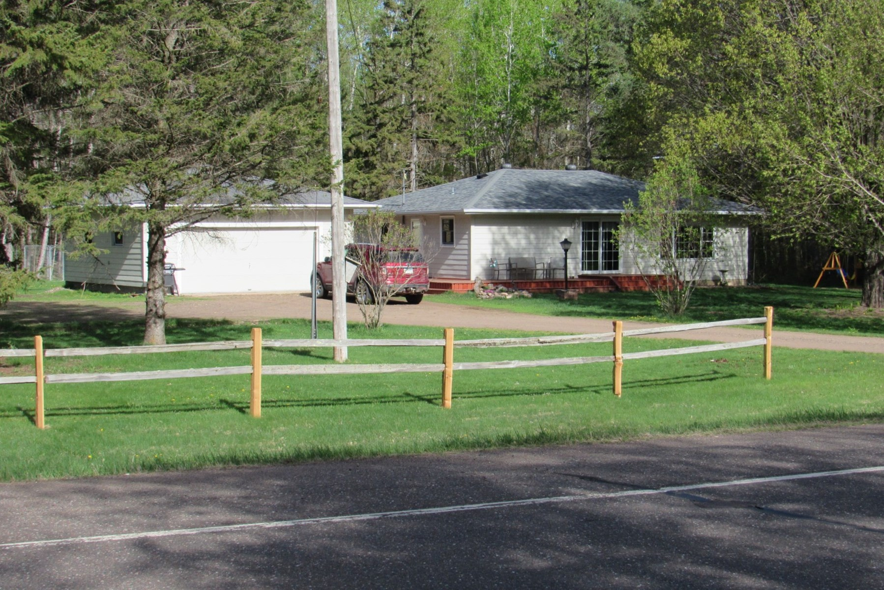 Finlayson Minnesota Country Home for Sale, Wooded Acreage MN