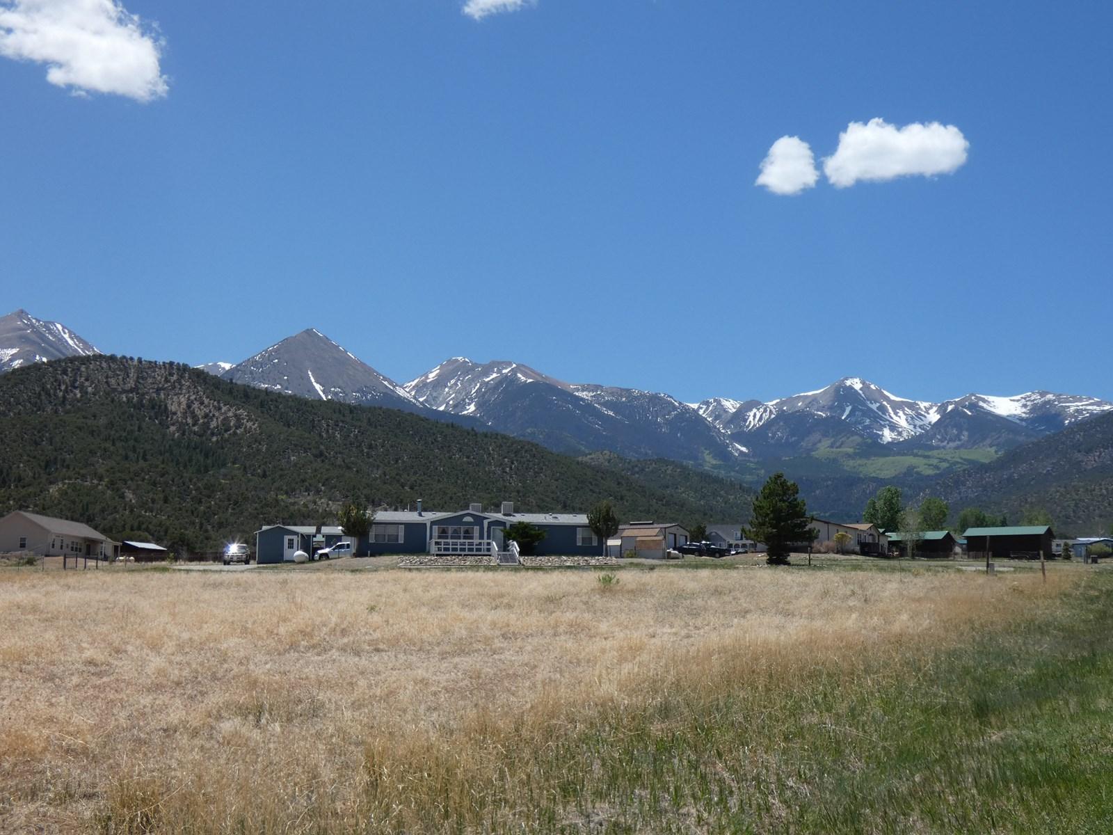 Tremendous Views at 126 Highland Dr, Howard, CO