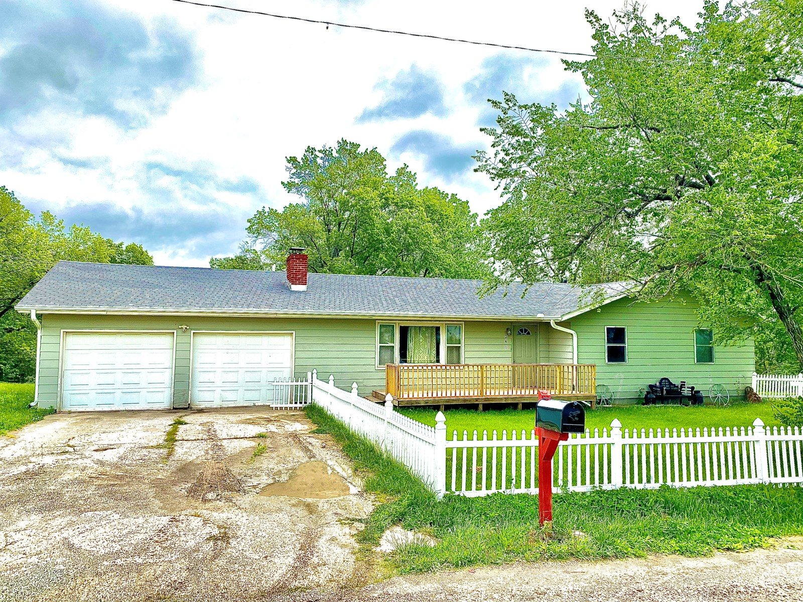 Ranch Home on Small Acreage For Sale in Princeton MO