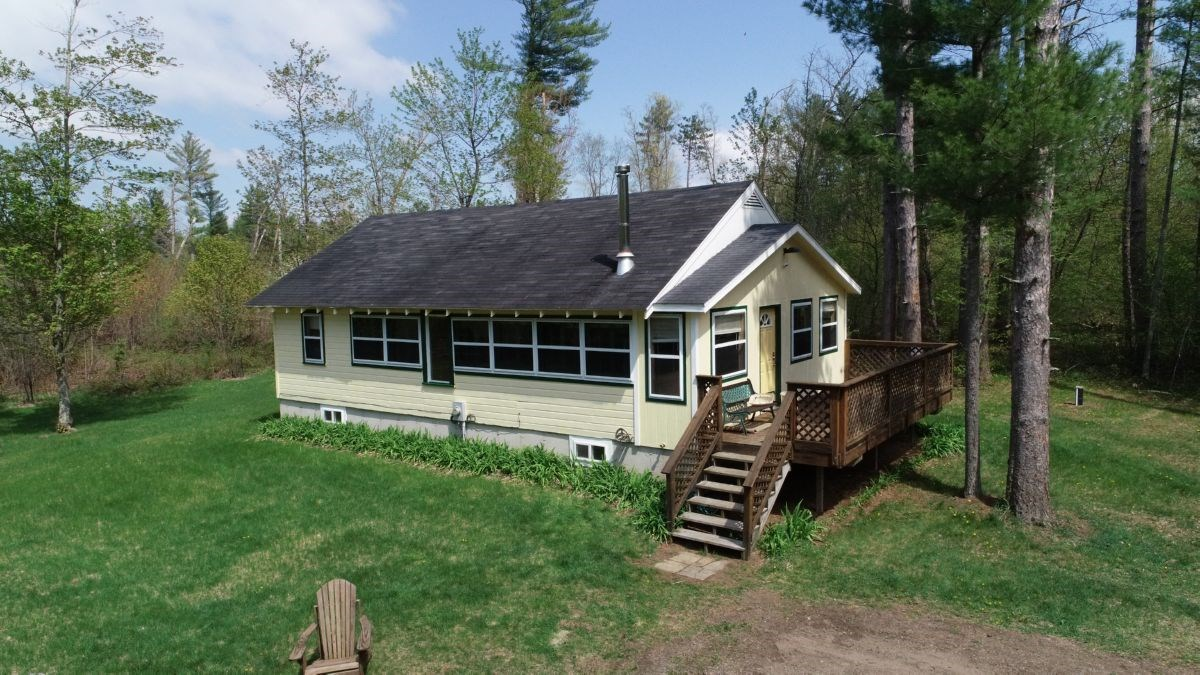 Central Wisconsin Retreat in Clark County Online Auction