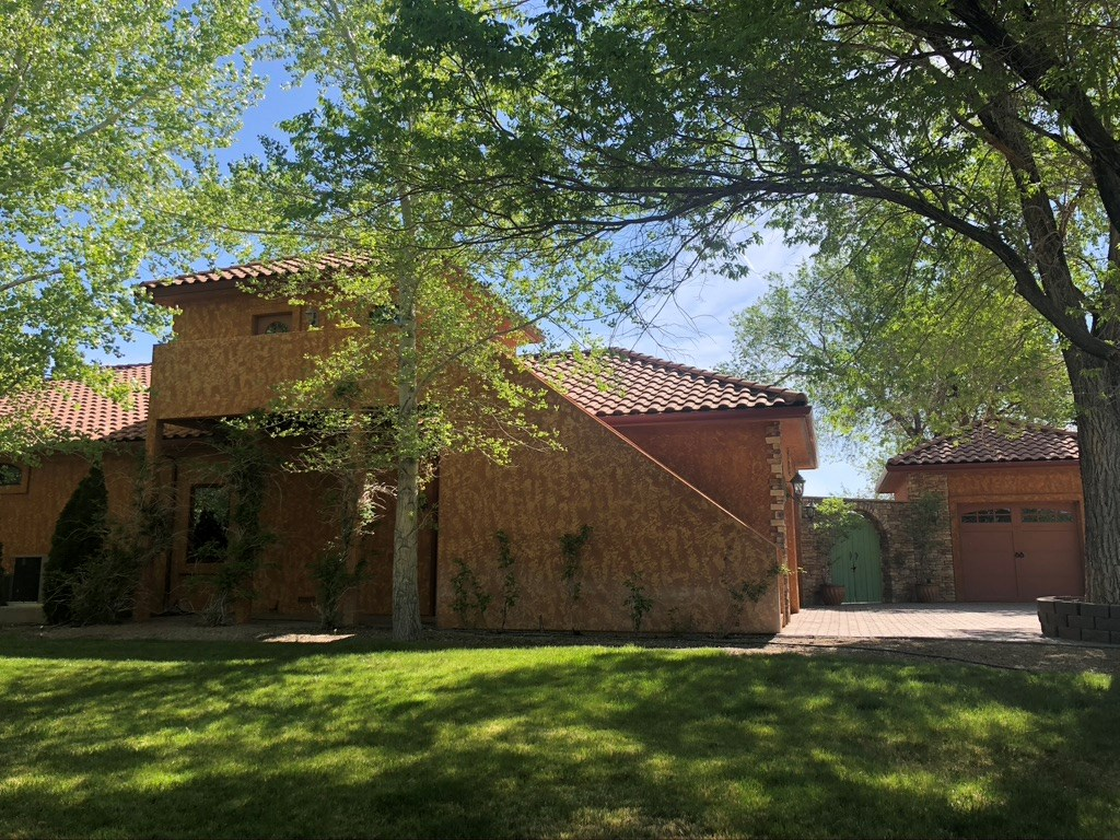 LUXURY HOME, HAY RANCH AND WATER RIGHTS FOR SALE IN NEVADA