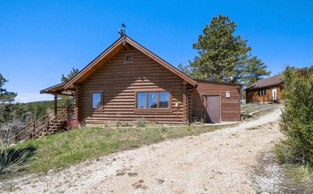 Quintessential Log Cabin