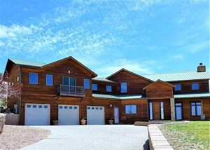 LUXURY MOUNTAIN STYLE HOME FOR SALE, MONTROSE, COLORADO