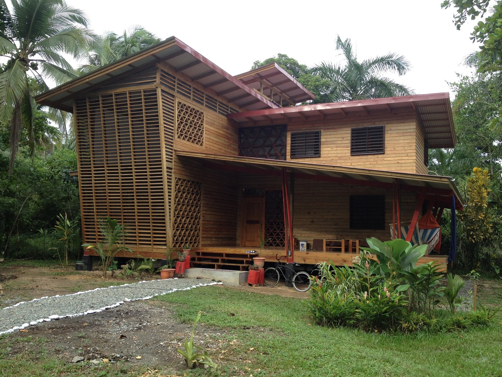 Pool House for Rent Bocas del Toro Panama
