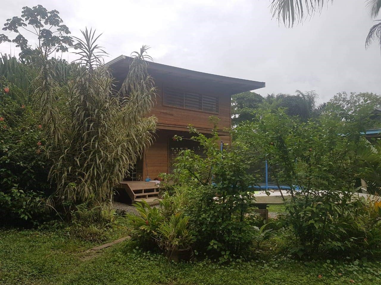 UNDER CONTRACT. Home in Big Creek, Bocas Del Toro Panama