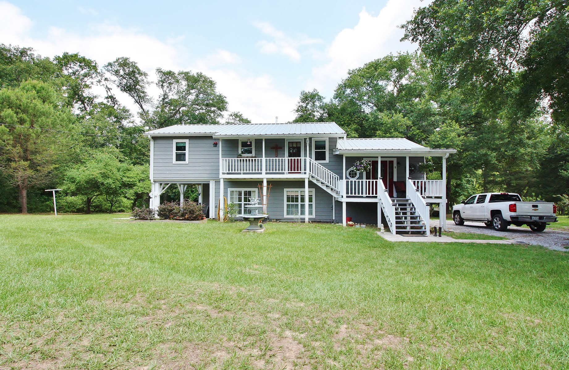 Country Home on Acreage For Sale in Leon County, Texas