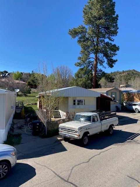 Darling mobile home for sale in Durango, Colorado.