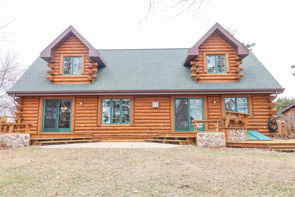 Log Home for Sale on White Lake in Weyauwega, WI