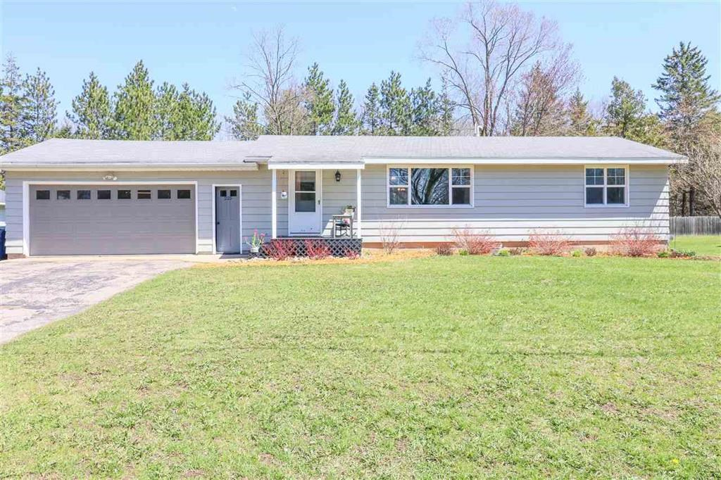 Home for Sale in Iola, WI