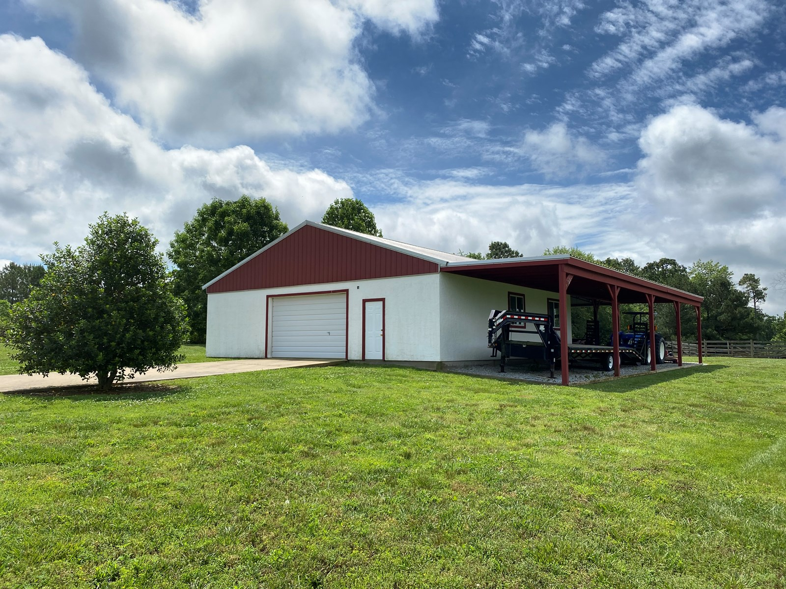 Farm for sale in Tennessee with Spring Fed Creek