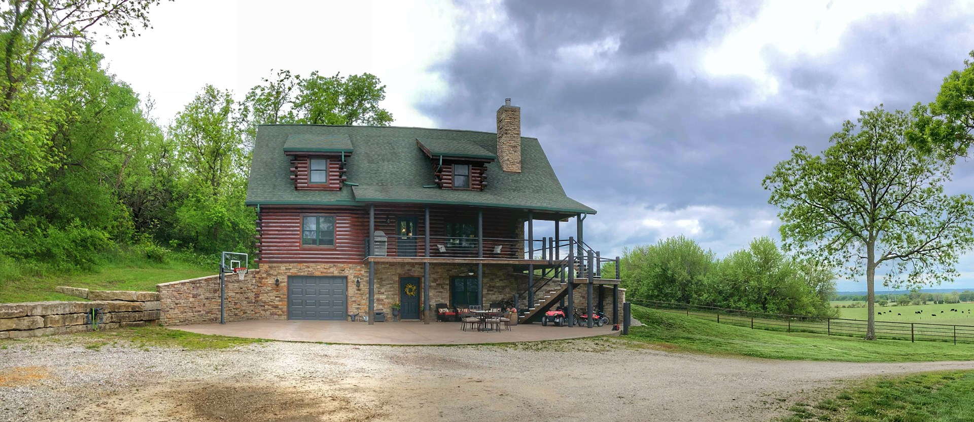 Beautiful Country Log Home on Acreage For Sale in Kansas