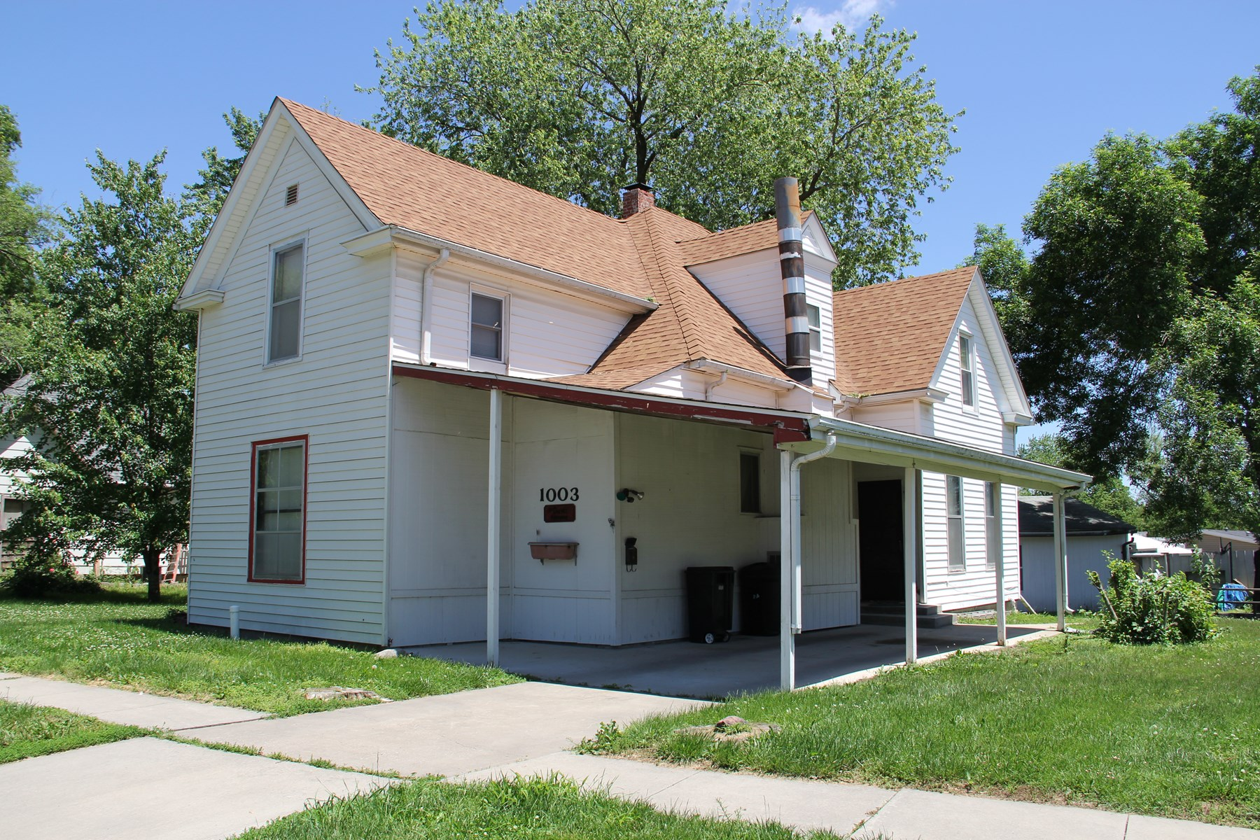 Four Bedroom, Two Bath Historic Home in Chillicothe, MO