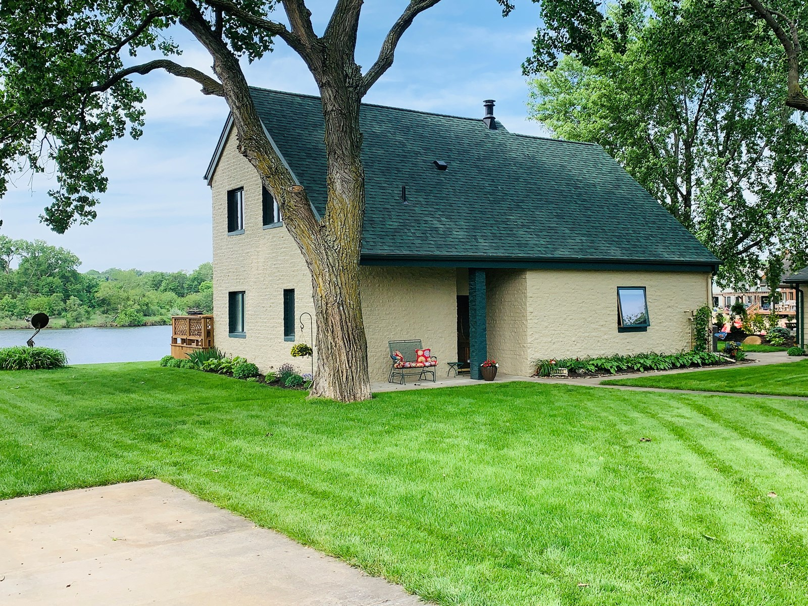 NEBRASKA LAKE HOME FOR SALE