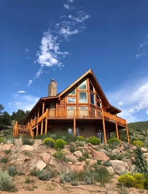 COLORADO LOG HOME ON 41 ACRES  WITH HUNTING & FISHING ACCESS