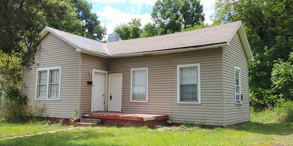 Investment property with tenants in place: Danville, Va