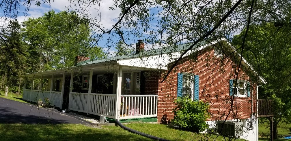 Nice Brick Ranch in the Country!  Marion, VA