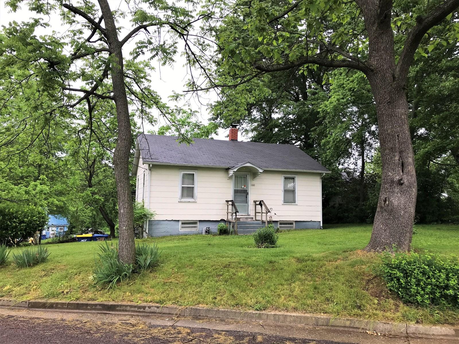Starter Home or Rental Property in Salem Missouri