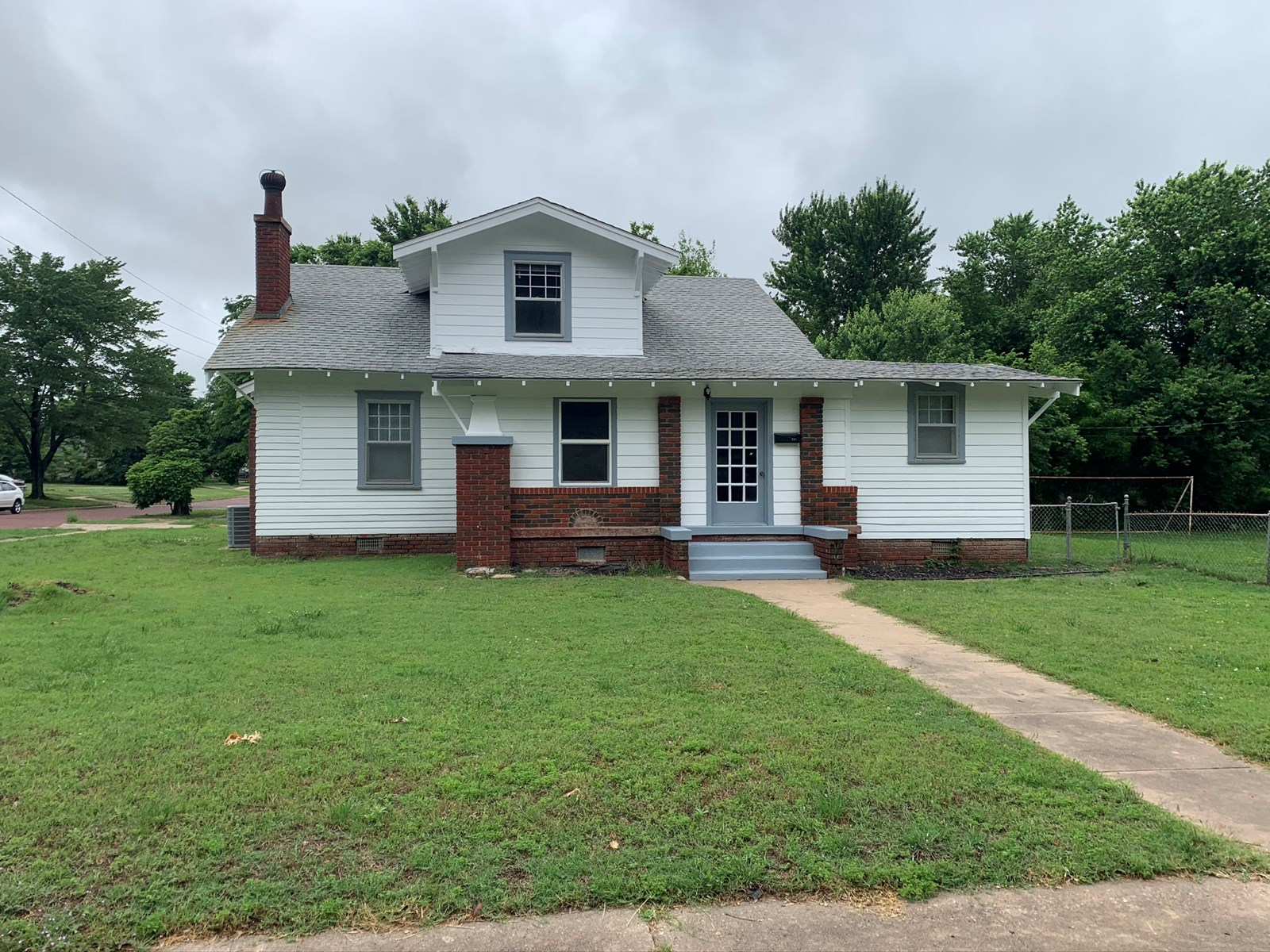 PONCA CITY HOME FOR SALE, NORTH CENTRAL OKLAHOMA