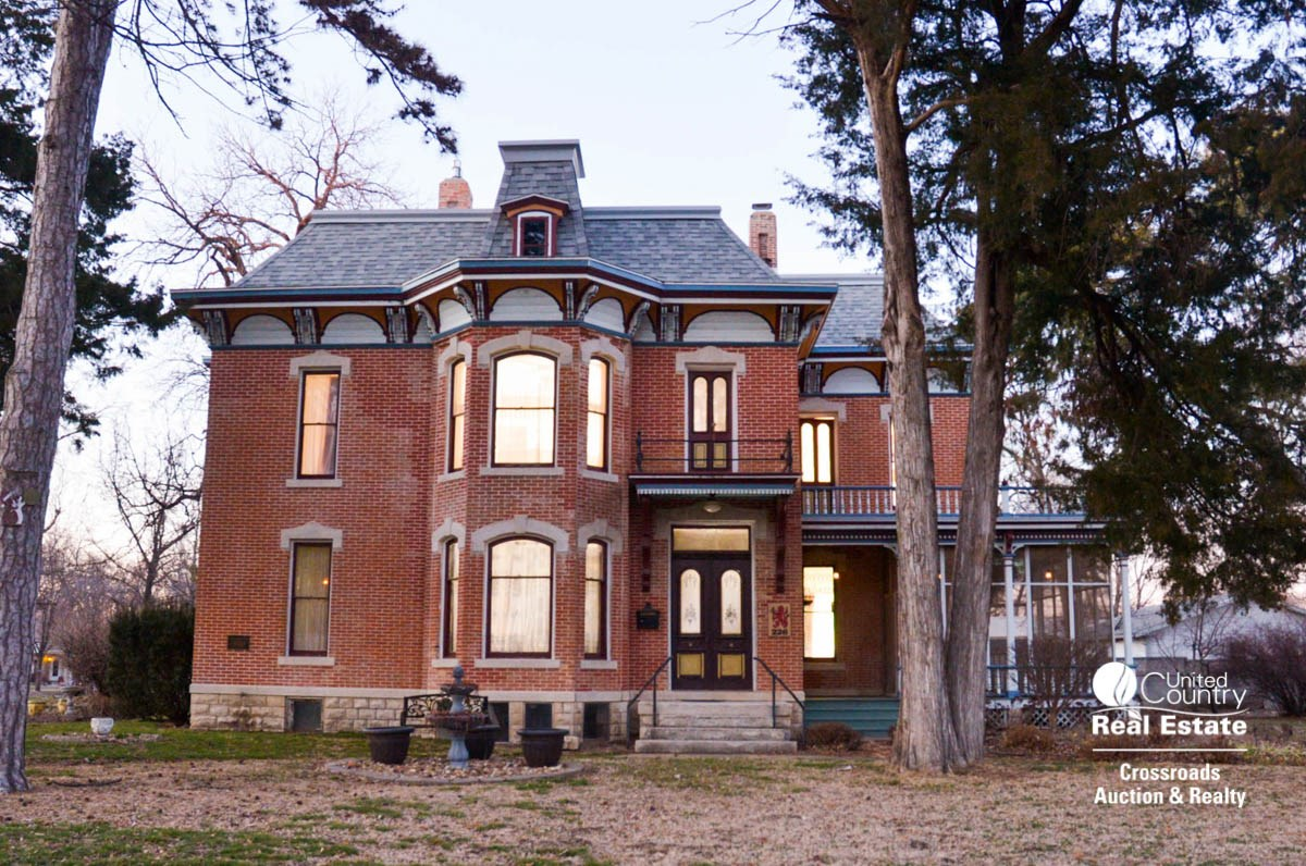 Lindsborg Kansas Historical House For Sale - Victorian Home