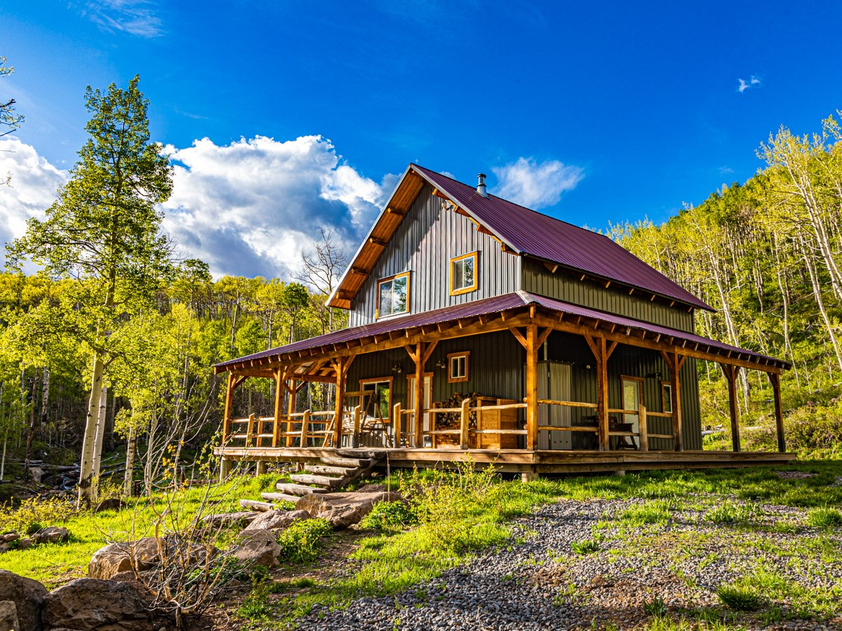 Cabin Bordering National Forest Cedaredge, Colorado