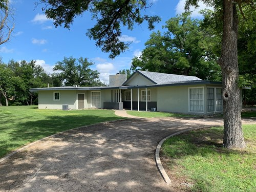River Front Home with Pool for Sale In Mertzon, Tx