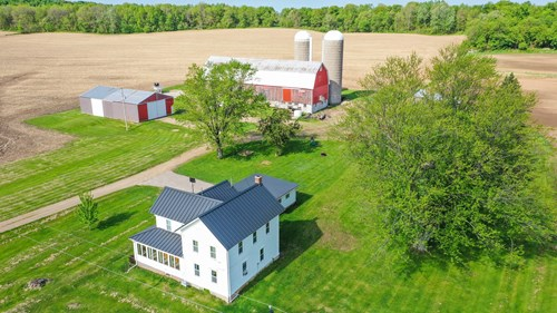 Farm for Sale in Poy Sippi, WI