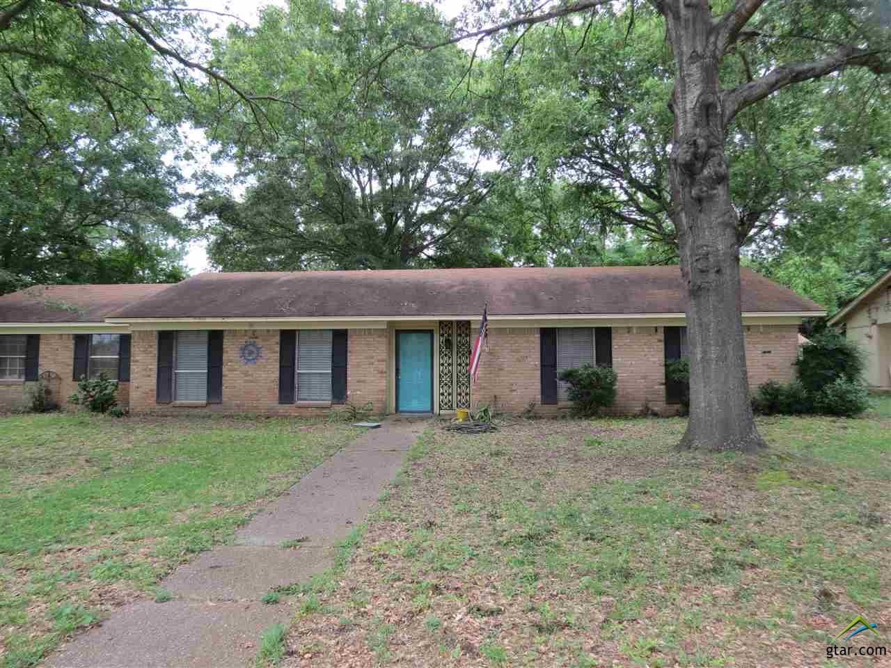 SOUTH TYLER HOME FOR SALE