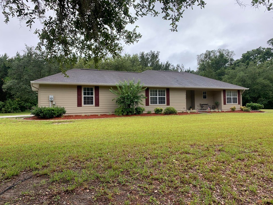 COUNTRY HOME FOR SALE - TRENTON FLORIDA, GILCHRIST COUNTY