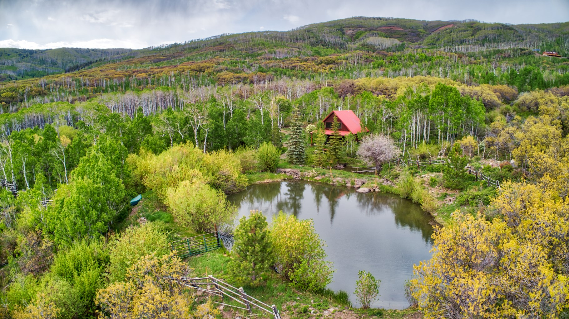35 acre Colorado Mountain Cabin with pond and Forest access