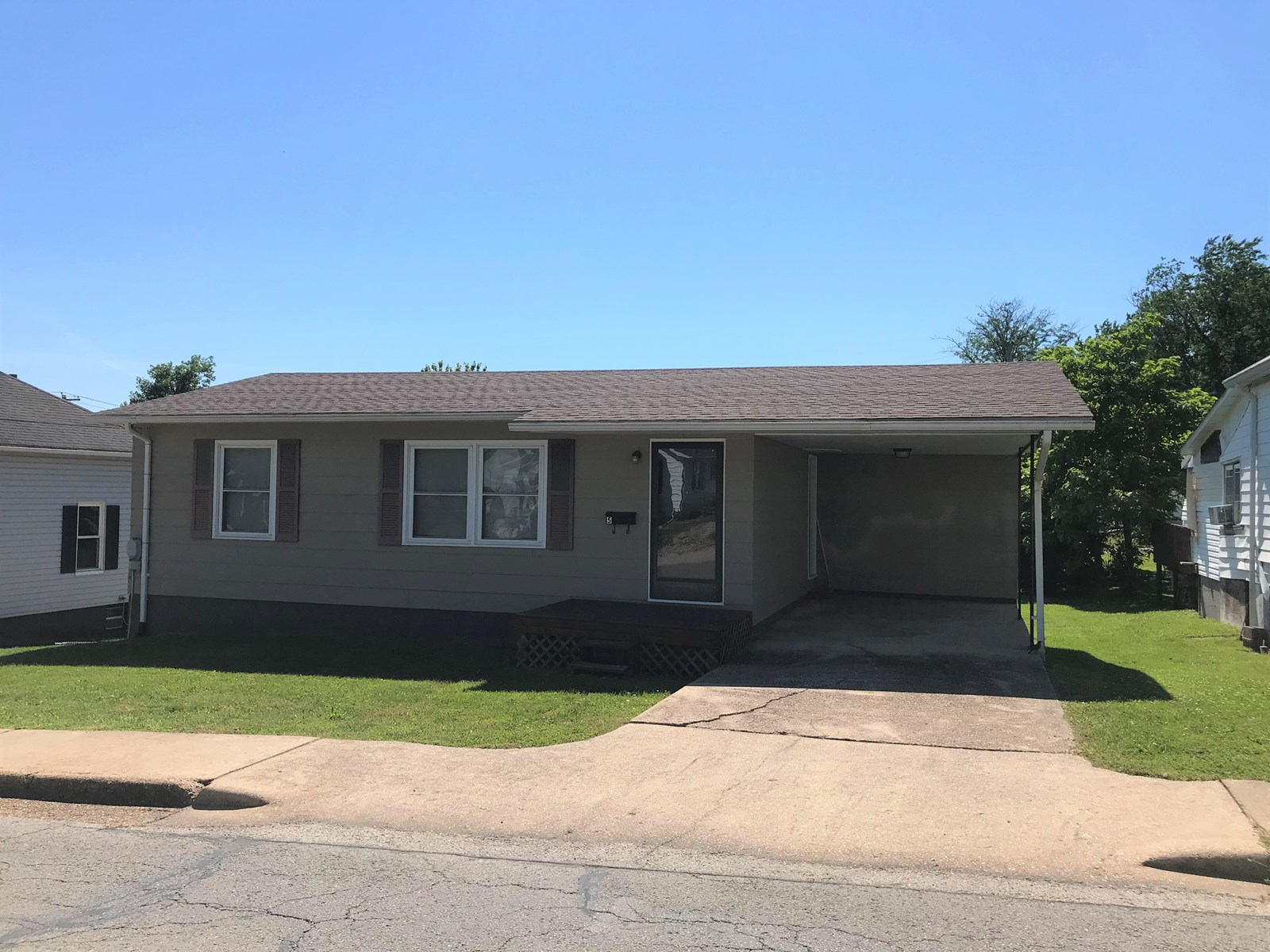 2 bedroom 1 bath home great for investment or first home