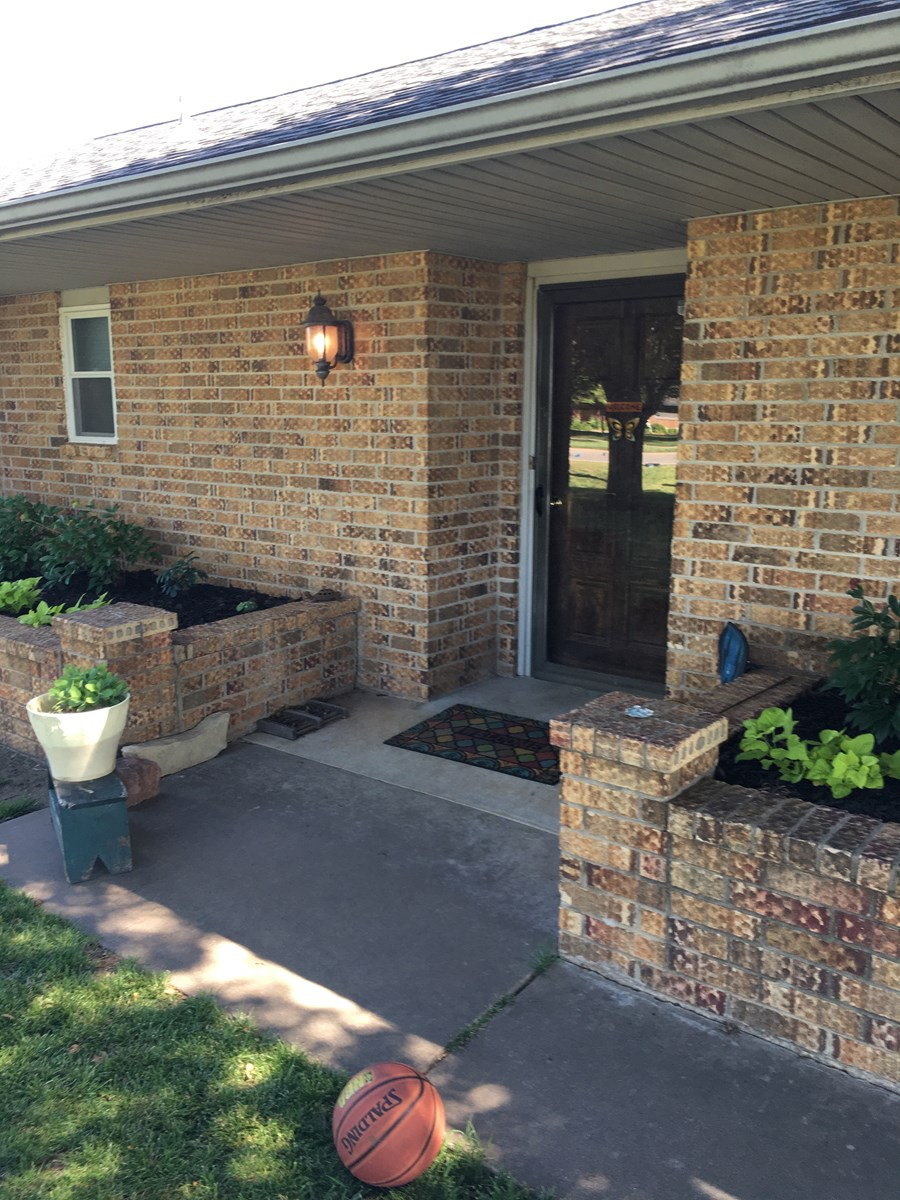 BLACKWELL OKLA. BEAUTIFUL 3 BED 2 BATH HOME FOR SALE